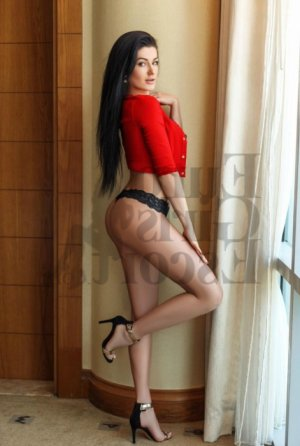 Edurne erotic massage in Richmond