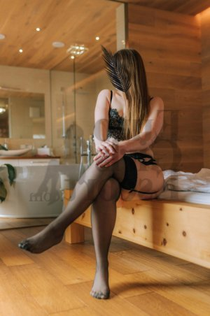 Huguette erotic massage
