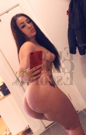 Sherry tantra massage in Belgrade & mature call girls
