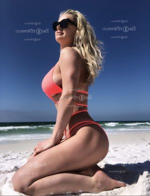 Kelycia mature call girl in Lauderhill, happy ending massage